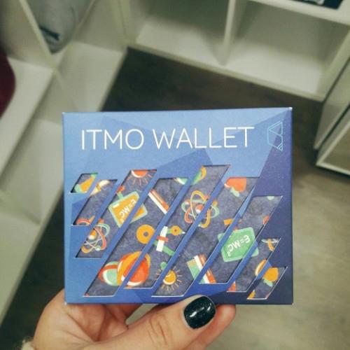Кошелёк из тайвека ITMO WALLET
